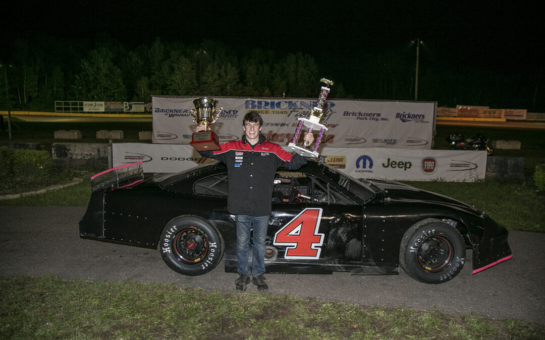 Classic Finish Nets Fenhaus Win and Super Late Model Title
