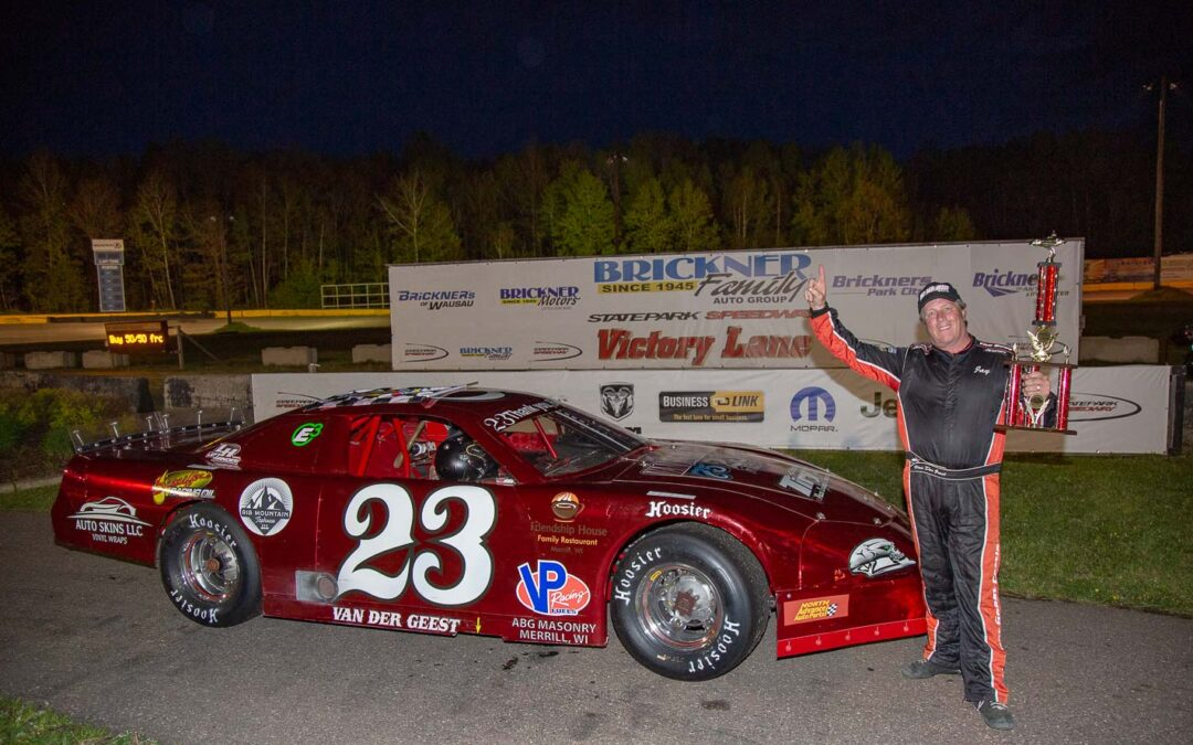 VanDerGeest Back in Victory Lane at SPS Opener