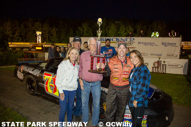 Weinfurter, Knoblock win twin CWRA features; Swan avoids trouble in Midwest Trucks